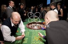 James Bond 007 večírek Raiffeisenbank